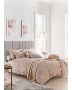 Tess Daly Phoebe Blush Bedding